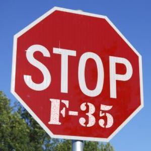 F35, il Parlamento rialza la testa